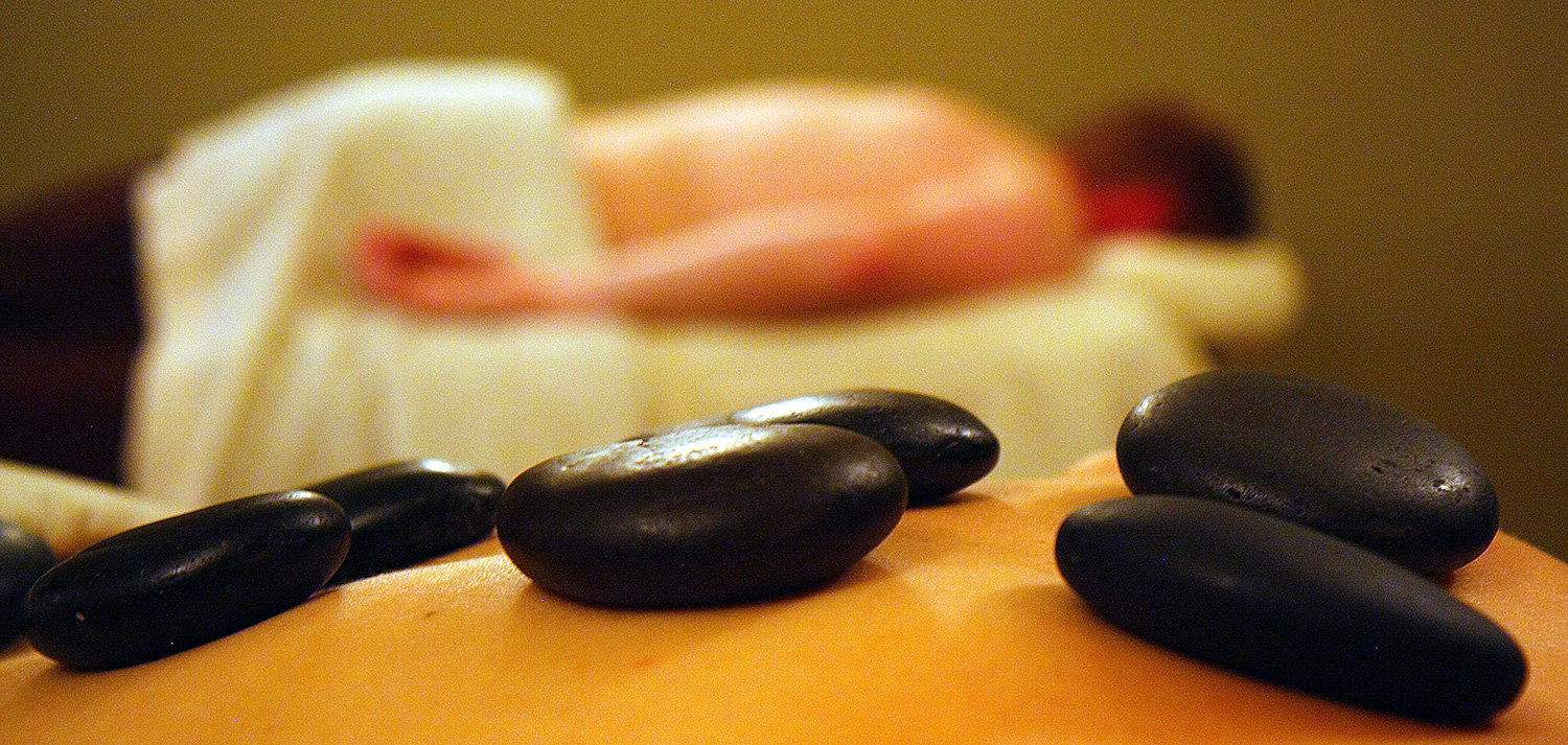 Sena Spa Hot Stone Treatment